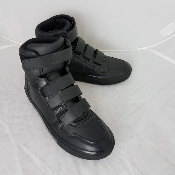 dd24c49c Zara Man High Top Sneakers Excellent condition